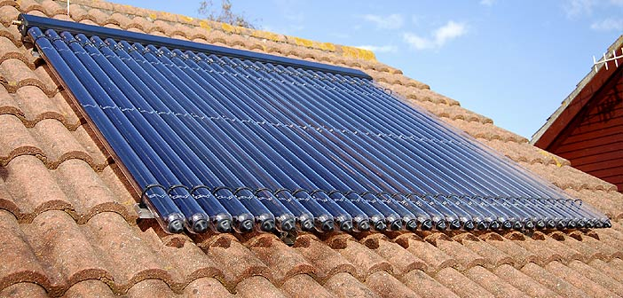 l'installation de panneaux solaires à la maison au Kerala